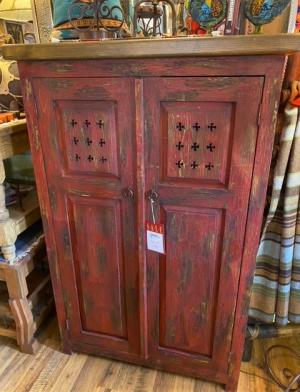 Cabinets 0001